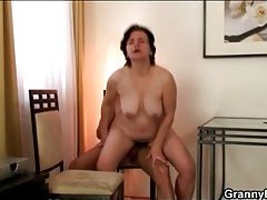 Hairy wet mature pussy sits on hard dick tubes