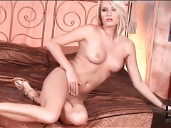 Shiny gold panties are sexy on deni m tubes