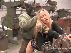 Cute blonde gets a full pussy service at her local garage tubes