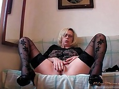 Sexy self fisting mature in black stockings tubes