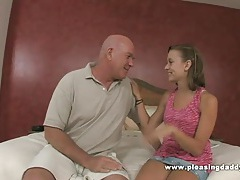 Cute slut mae myers fucks old pornstar claudio tubes