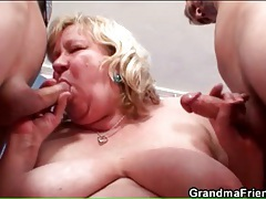 Fat old bitch in pantyhose has threesome sex tubes