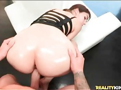 Big ass girl does doggystyle anal porn tubes