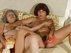 Mature masturbates next to busty milf tubes