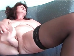 Bald granny pussy fucked by big dildo tubes