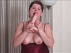 Lingerie looks lovely on masturbating mature tubes