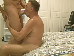 Muscular daddy bareback his chubby friend tubes