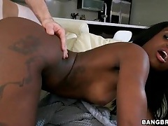 Big white cock fucks slutty lexxi deep tubes