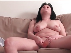 Mature takes her clothes off and masturbates tubes