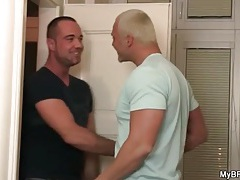 Muscular blonde bear gets his dick sucked tubes
