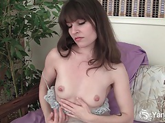 Beauty brunette amateur indica masturbating her pussy tubes