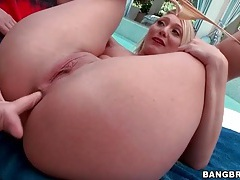 Big butt blonde aj applegate teases outdoors tubes
