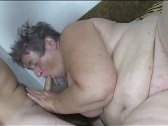 Fat sluts suck skinny guy dicks in group porn tubes