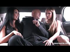 Lucky man sucked by sluts in a limo tubes
