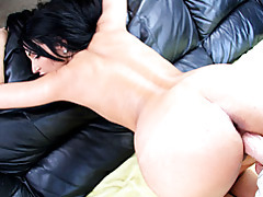 Round ass amber gets anal drilled tubes