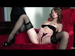 Leggy glamour girl in stockings masturbates tubes