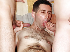 Bareback Cum Eating Gay Threesome tubes