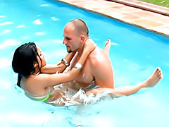 Latina sex in the pool tubes