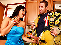 Wife in sexy dress blows fireman tubes