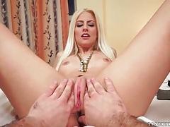 Pov fingering of sexy bleach blonde girl tubes