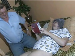 Granny masturbates as her man watches tubes