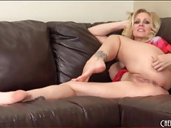 Solo milf julia ann masturbates on the couch tubes
