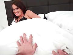 Nicole vice lets you finger fuck her pussy tubes