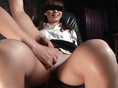 Japanese secretary in pantyhose is tied up tubes