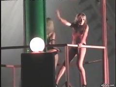Naked dancing chicks at sexy night club tubes