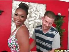 Black chick la reina teases her huge ass tubes