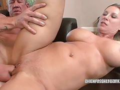 Mature slut devon lee gets her sweet twat filled tubes