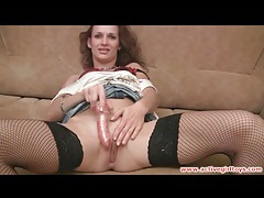 Slutty fishnet stockings on masturbating gal tubes