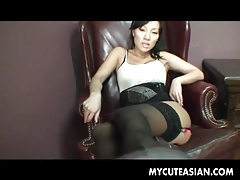He cums on asian feet and sucks it off tubes