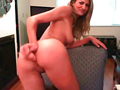 Butt plug in super hot amateur tubes