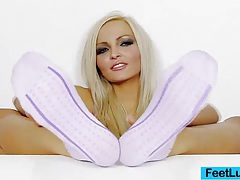 Sexy blonde nicky angel incredible feet tubes