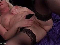 Pretty blonde amber jewell masturbates pussy tubes