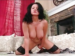 Busty solo mature masturbates her hot pussy tubes