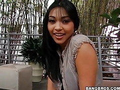 Mika tan goes down on that big cock tubes