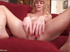 Black dildo fills mature girl with small tits tubes