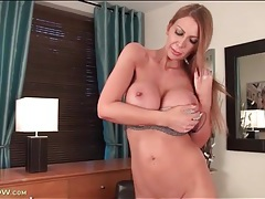 Solo leigh darby rubs her pussy and big tits tubes