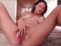 Milf ava austin masturbates hairy vagina tubes