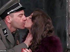 Military officer eats out girl in prison tubes