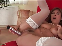 Sexy solo valentina rush masturbates in stockings tubes