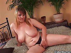 Big boobed mom enjoys his fist and cock in her mature pussy tubes