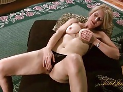 Blonde milf models sexy leopard print lingerie tubes