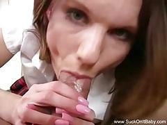 Schoolgirl gives a hot blowjob tubes