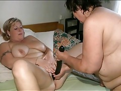 Fat girls share double dildo in sexy porn tubes