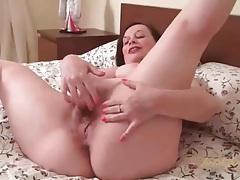 Fat milf in black stockings masturbates pussy tubes
