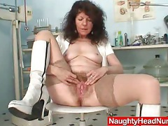 Aged amateur mommy extremly hairy twat self exam tubes