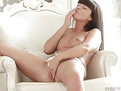 Sexy ava dalush rubs her body erotically tubes